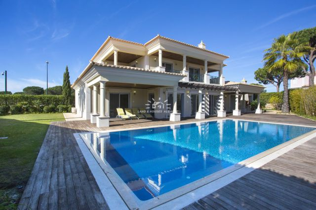Modern villa with pool on golf course near Vilamoura